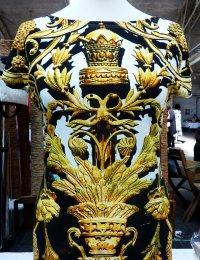 Fotoprint Shirt mit Goldene Verzierungen