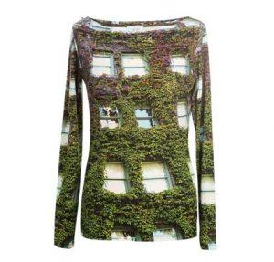 Shirt mit begrünter Haussfassade
