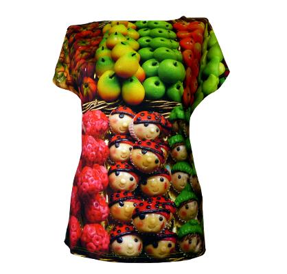 bunte Marzipanfiguren auf Shirt von fabrari