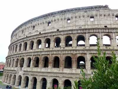 Blick auf Kolloseum in Rom
